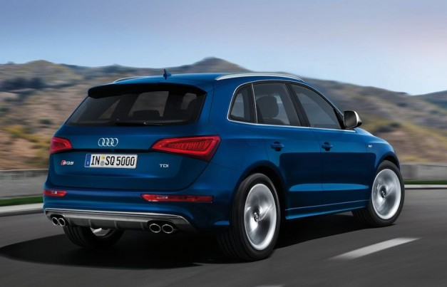 2013 Audi SQ5 TDI Rear 3/4 Right In Motion