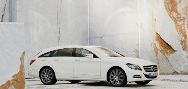 2013 Mercedes-Benz CLS Shooting Brake Front 7/8 Right In White