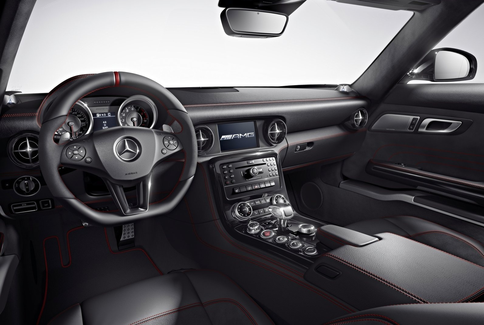 2013 mercedes benz sls amg gt coupe interior egmcartech for Mercedes benz interiors