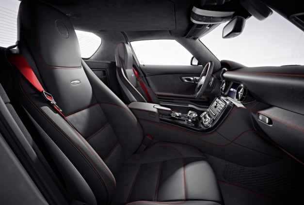2013 Mercedes-Benz SLS AMG GT Seats