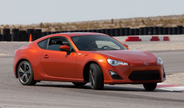 report nhtsa issues first recall for 2013 scion fr s subaru br z egmcartech. Black Bedroom Furniture Sets. Home Design Ideas