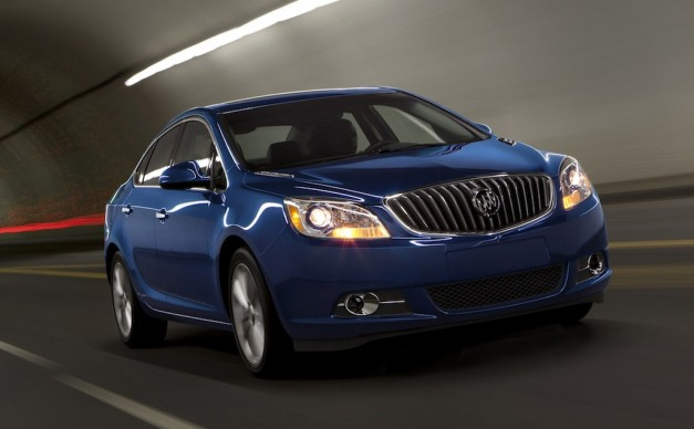 2013 Buick Verano Turbo Front 3/4 View