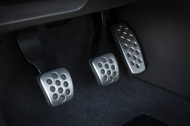 2013 Buick Verano Turbo Pedals