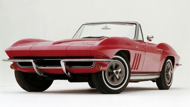 60thAnnivHistoricVette09 medium 627x355 Happy Birthday! Chevrolet Corvette turns 60