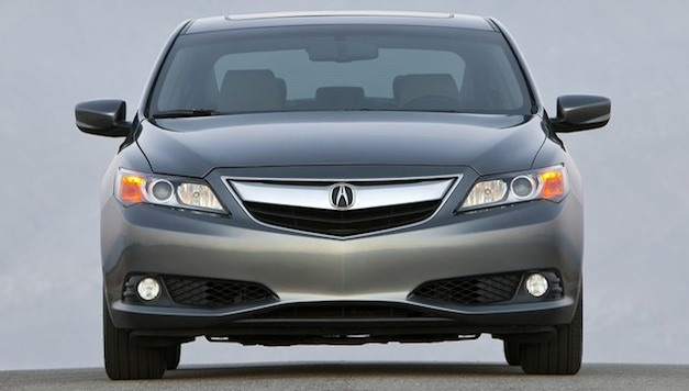 acurailxfrontsedanview Report: Acura designer admits 'the beak' grille is a bit polarizing