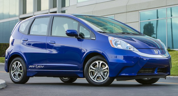hondafitevnew 2013 Honda Fit EV lease price starts at $389, offers free insurance to leasers