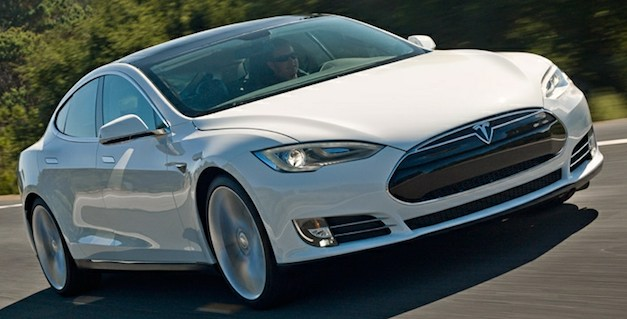 Report: Tesla updates Model S software amidst worries over unsafe charging