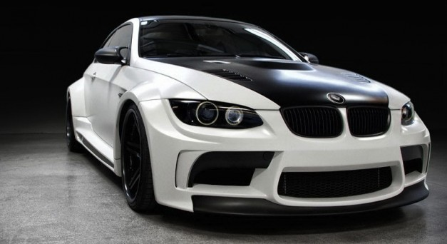 Vorsteiner GTRS5 gives BMW M3 a widebody kit