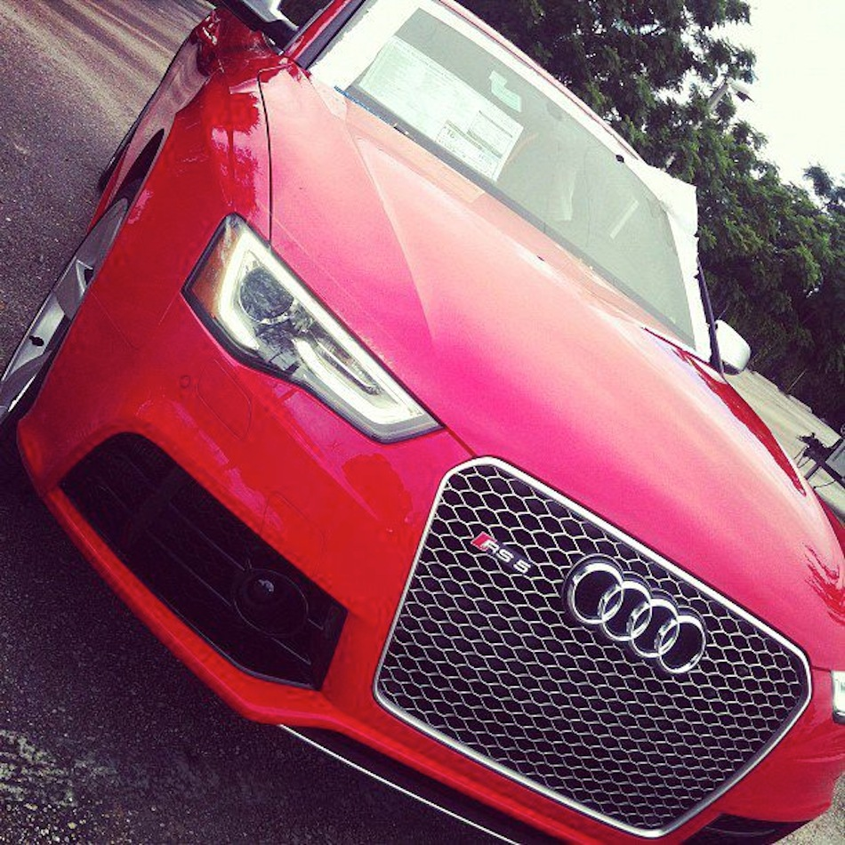 2013 Audi RS5 Front Grill Profile