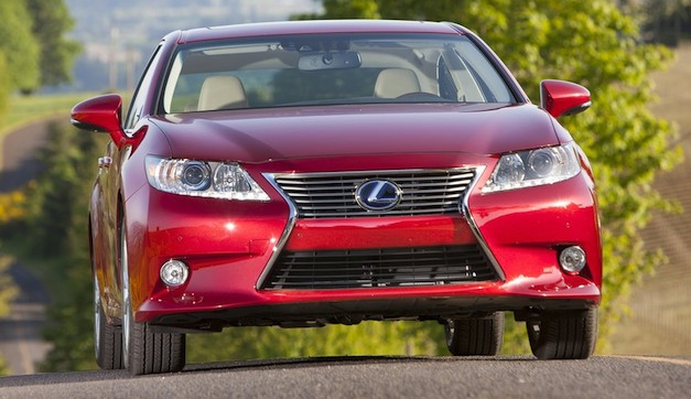 2013 Lexus ES 350 price starts at $36,100, ES 300h at $38,850