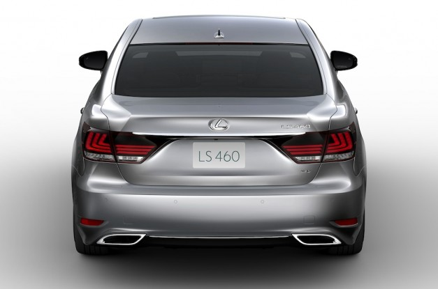 2013 Lexus LS 460 Rear View