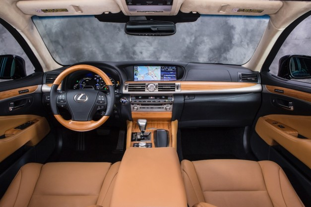 2013 Lexus LS 600h L Interior