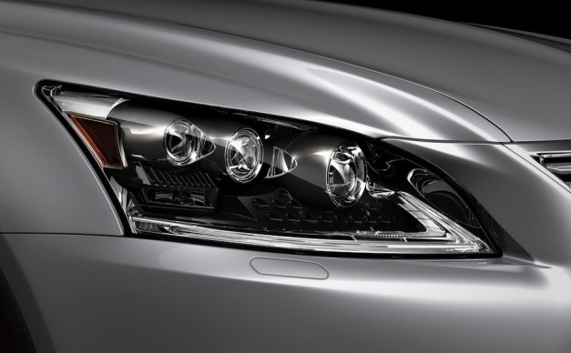 2013 Lexus LS 460 Leak Headlamp