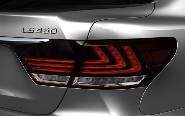 2013 Lexus LS 460 Leak Tailight