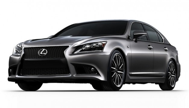 2013 Lexus LS images hit the web two days before official debut