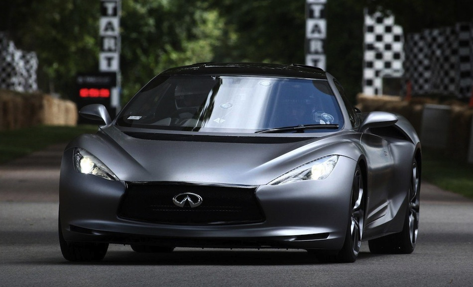 Infiniti EMERG-E Prototype at Goodwood Front Action Angle