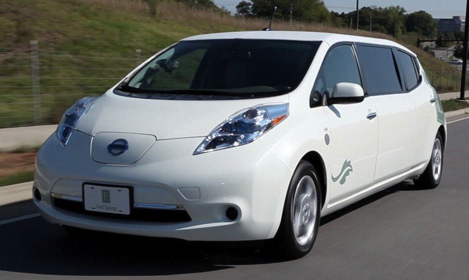 Nissan LEAF Limo in Action