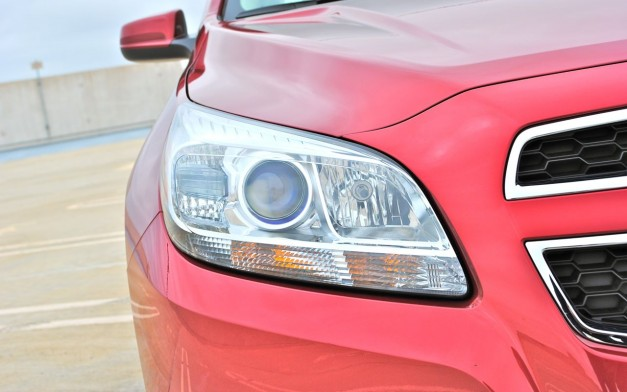 Review: 2013 Chevrolet Malibu Eco Headlamp