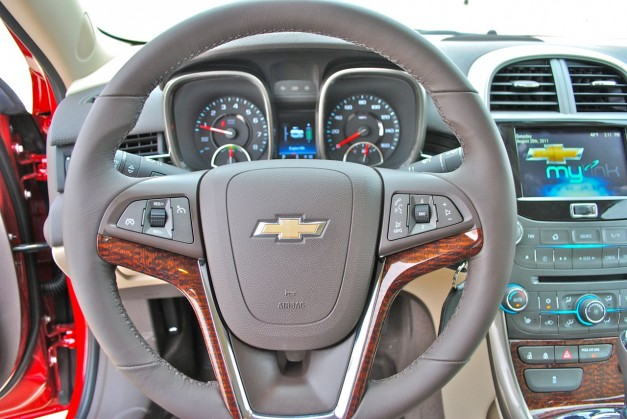 Review: 2013 Chevrolet Malibu Eco Steering