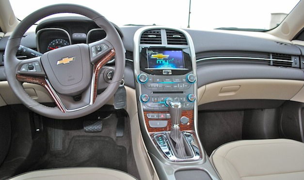 Review 2013 Chevrolet Malibu Eco Interior