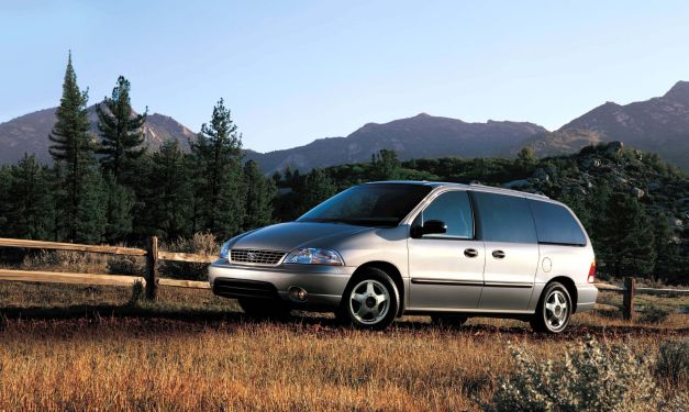 2003 Ford Windstar Report: Ford Motor Company suing supplier Dana for faulty Windstar frames