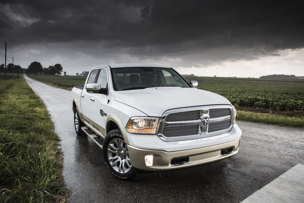 2013 Ram 1500 Front 3/4 View