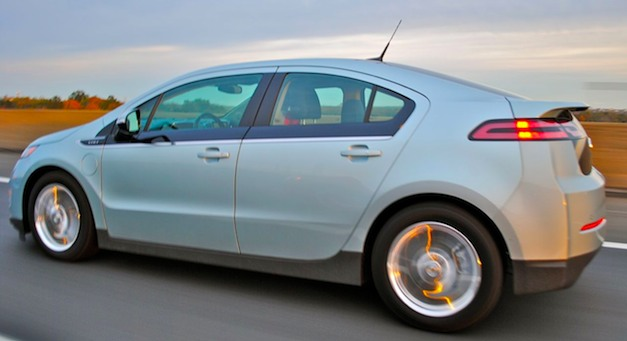 Report: GM to update software glitch on 2013 Chevrolet Volt models