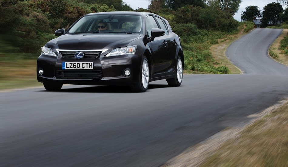 2013 Lexus CT 200h Front 3/4 Action View