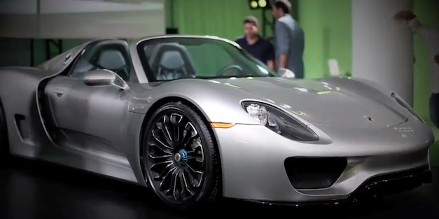 Production Porsche 918 Spyder Main Shot