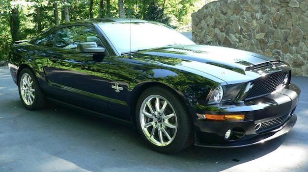 Carroll Shelby's 2009 Mustang GT500 KR