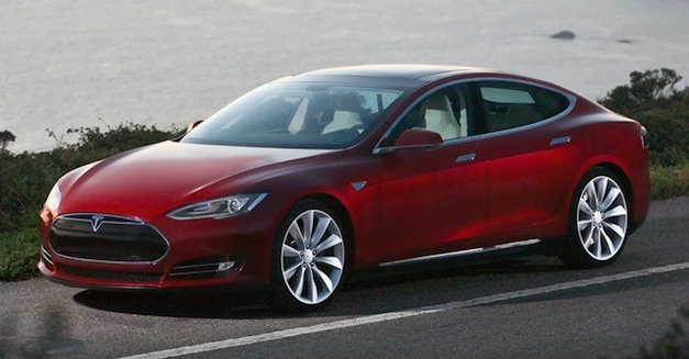Motor Trend runs 0 to 60 in Tesla Model S in 3.9 secs, averages 100.7 MPGe