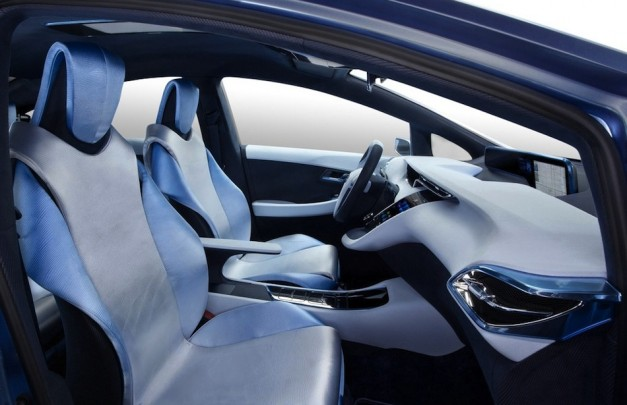 Toyota FCV-R Concept Side Interior View