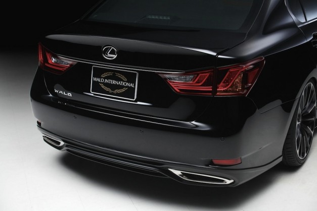 Wald International Lexus GS 2013 Rear Fascia