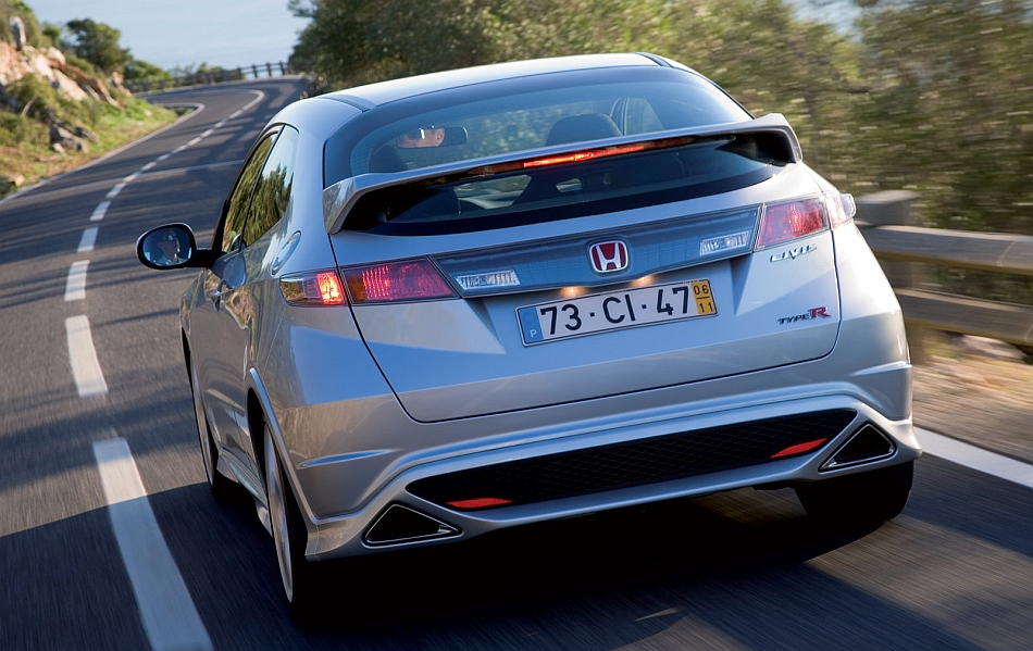 2007 honda civic type r rear 3 4 cruising egmcartech. Black Bedroom Furniture Sets. Home Design Ideas