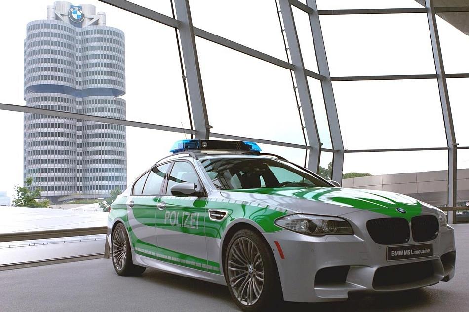 2012 BMW M5 Polizei Police Car