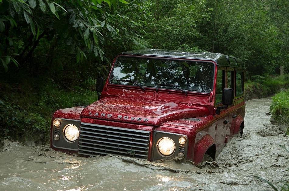 2013 Land Rover Defender - egmCarTech