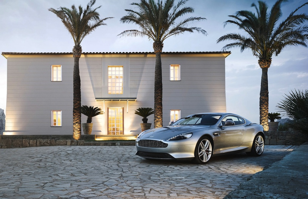 2013 Aston Martin DB9 Coupe Front 7/8 View