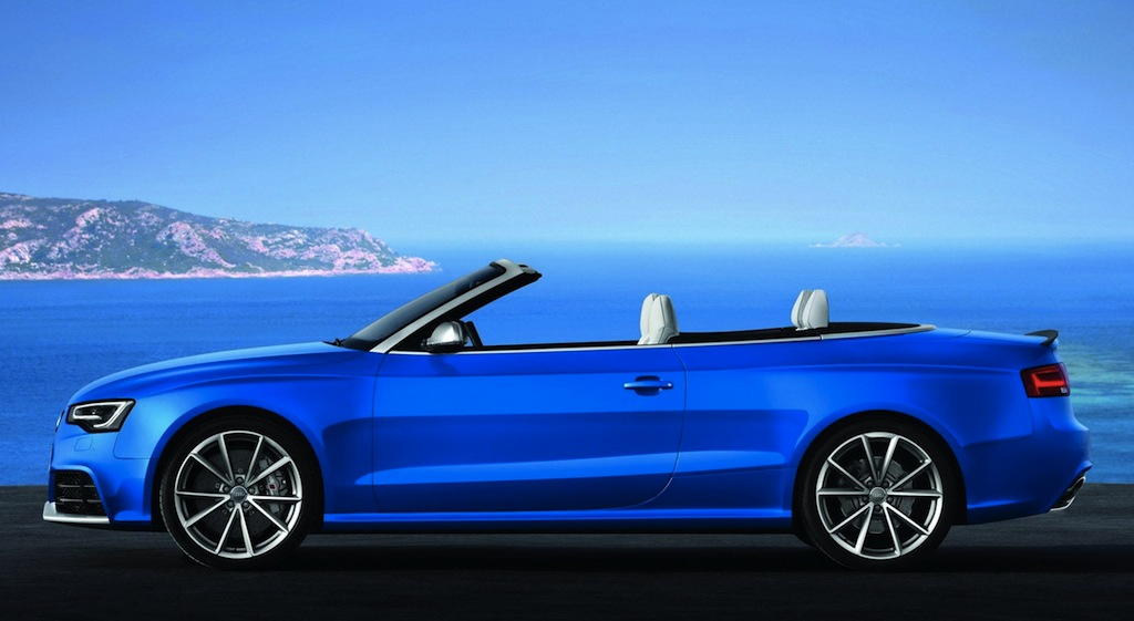 2013 Audi RS5 Cabriolet Side View