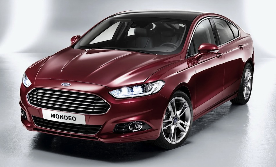2013 Ford Mondeo 3/4 View