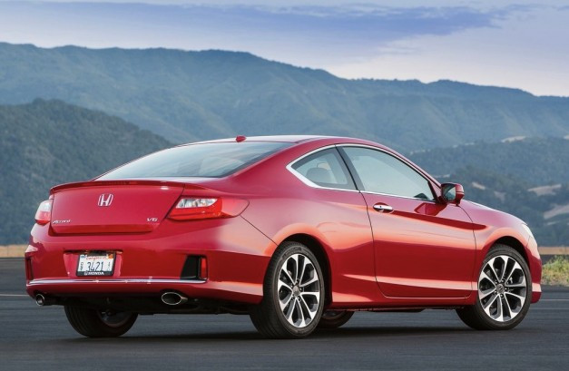 2013 Honda Accord Coupe Rear 7/8 Angle