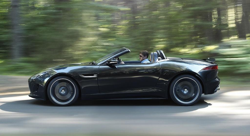 black jaguar f type coupeJaguar F Type Black Coupe