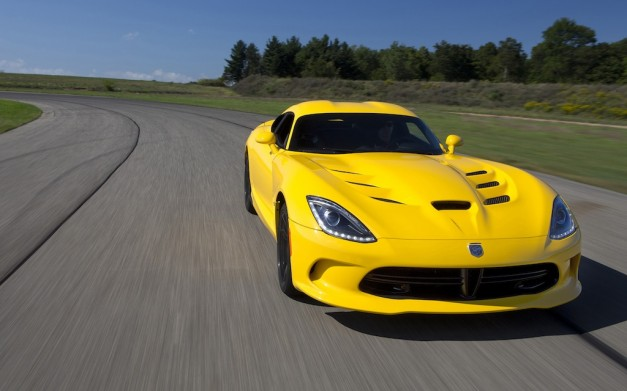 2013 SRT Viper Front Action View