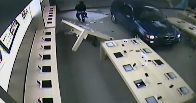 Burglars drive their BMW X5 through Apple store, get stuck
