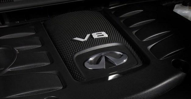 Infiniti V8