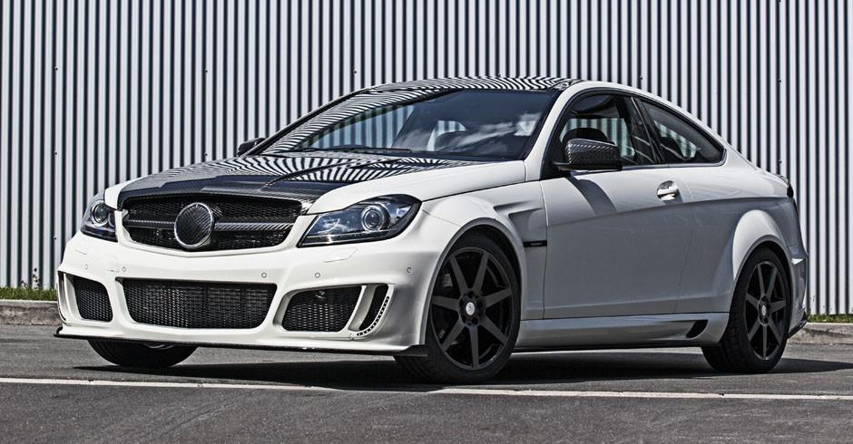 Mansory Mercedes-Benz C-Class Coupe Front 7/8 View