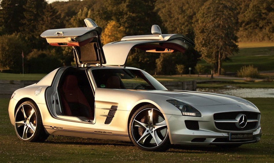 McChip Mercedes SLS AMG MC700 Front 7/8 View Doors Up