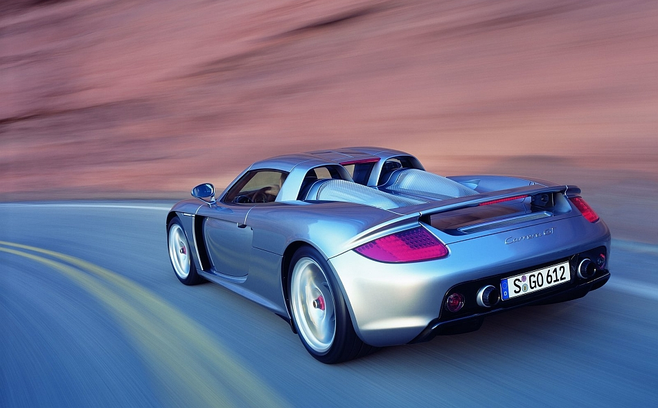 2004 Porsche Carrera GT Rear 3-4 Left Corner Carving