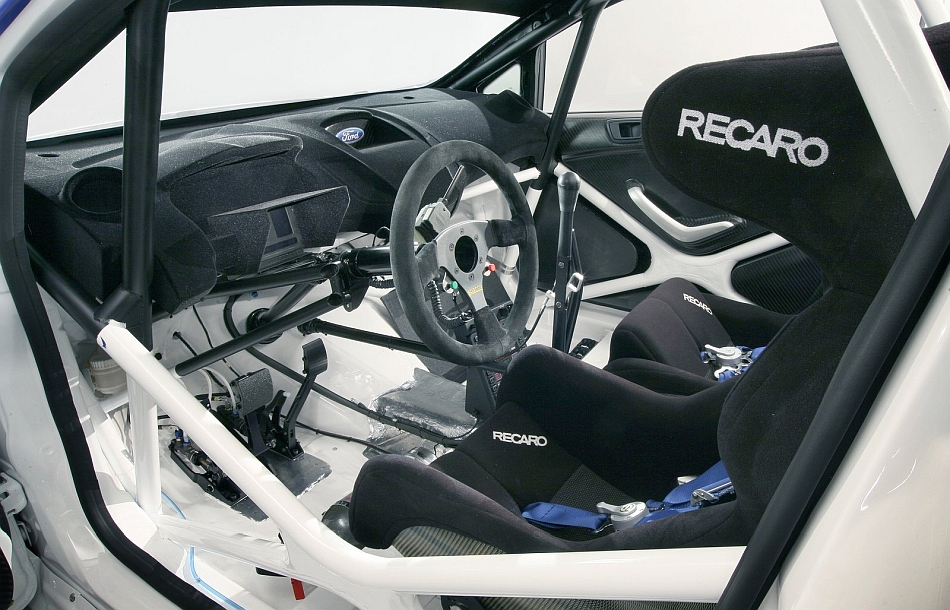 2011 ford fiesta rs wrc interior egmcartech for Interieur wrc