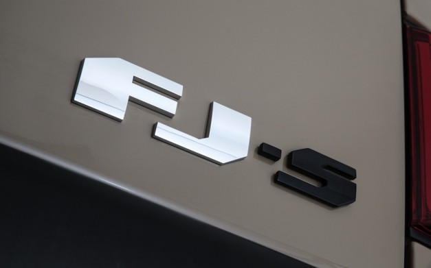 TRD FJ Cruiser Concept Badge