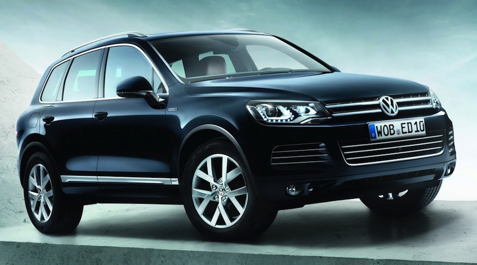 Volkswagen Touareg X Front 7/8 View